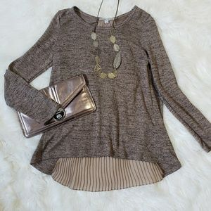 Gorgeous Sweater Top layered Brown medium long